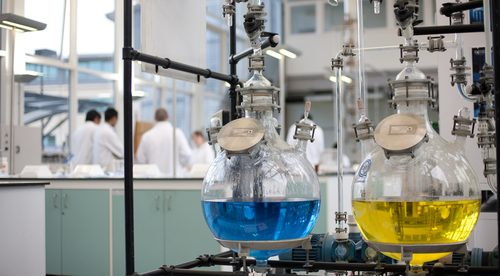 jobs-industry-chemical_72959272-500×276